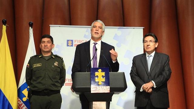 Anuncio captura fleteros - Foto: Prensa Alcaldía Mayor/ Diego Bauman