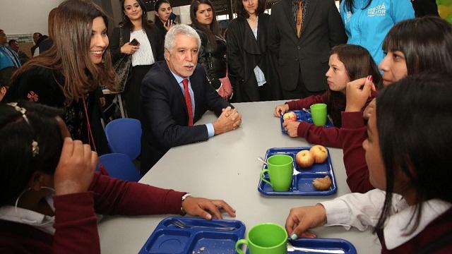 Cocinas m viles y m s comedores escolares llegan a los for Comedores escolares bogota