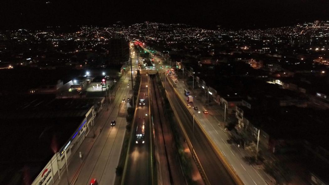 Alumbrado púbico en Bogotá. Foto: UAESP