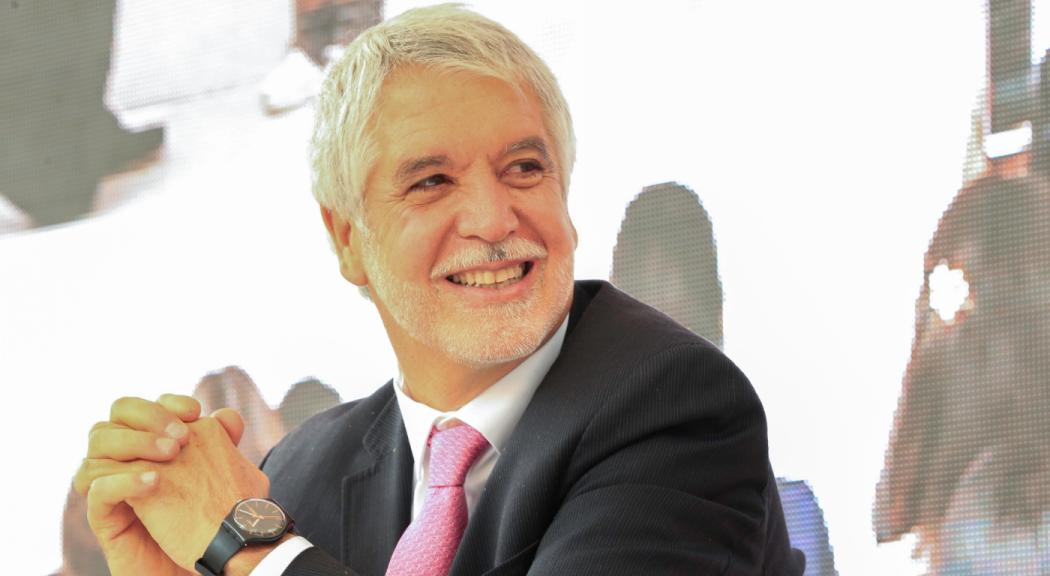 Perfil del Alcalde Mayor de Bogotá, Enrique Peñalosa Londoño | Bogota.gov.co