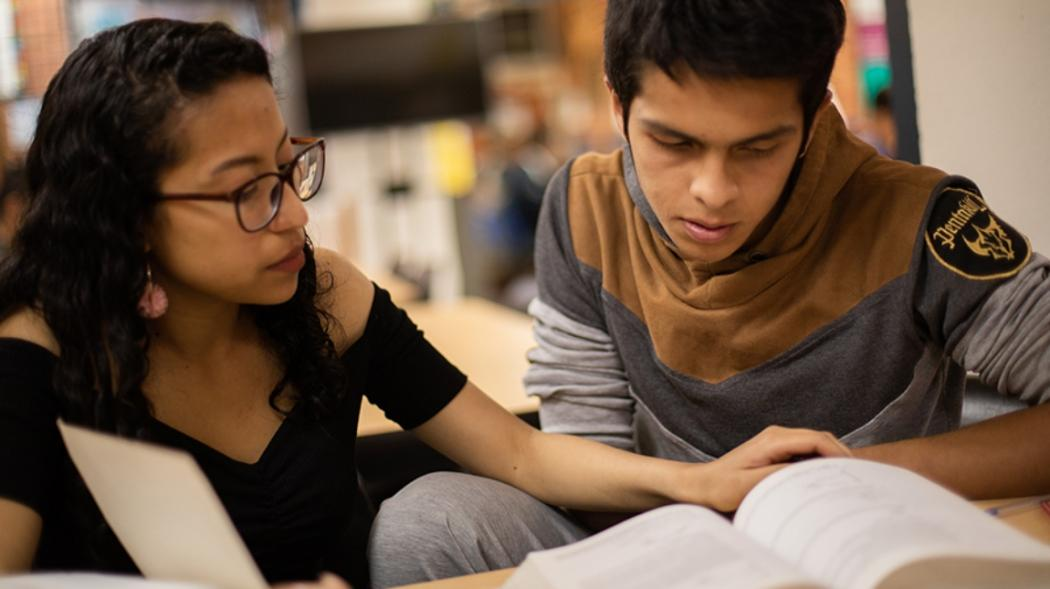 Centro Aprende con programas de lectura y alfabetización con Biblored
