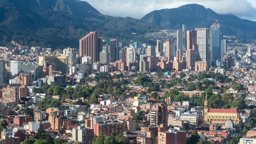 Atención: Bogotá prohíbe parrillero en moto para domiciliarios