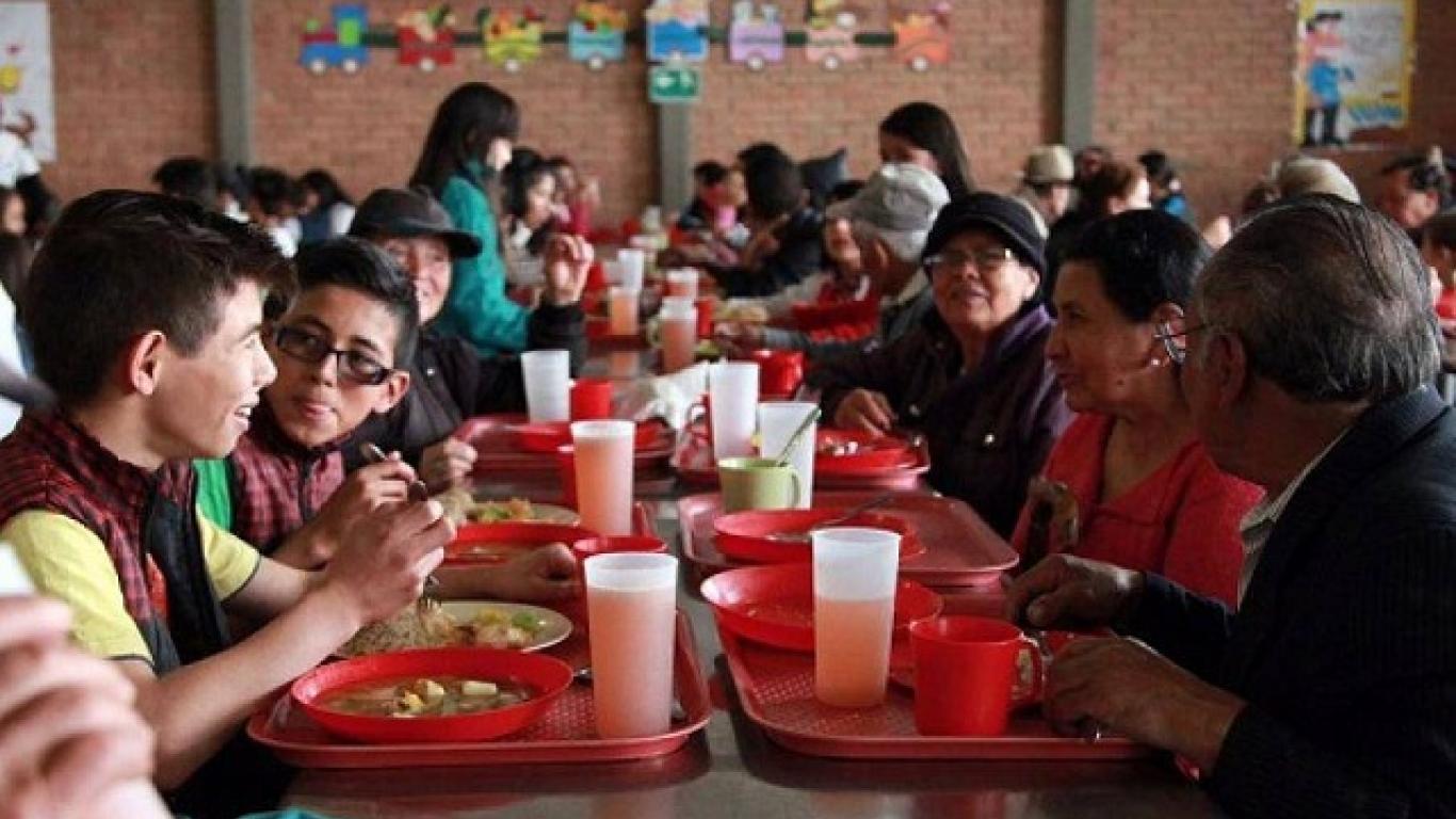 Comedores Comunitarios No Han Sido Cerrados Por El Distrito