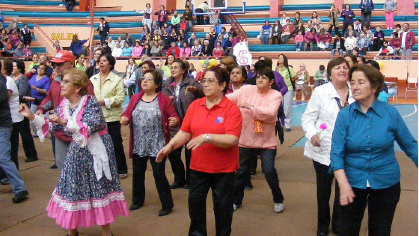 Resultado de imagen para Más de 3.000 adultos mayores participarán de la gimnasiada.