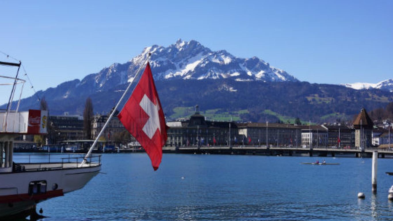 37601e565c43 Convocatoria para becas en Suiza y Alemania