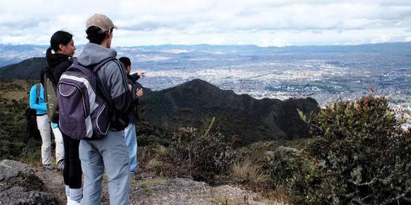 Los viernes y fines de semana, prográmese con caminatas ecológicas y turísticas