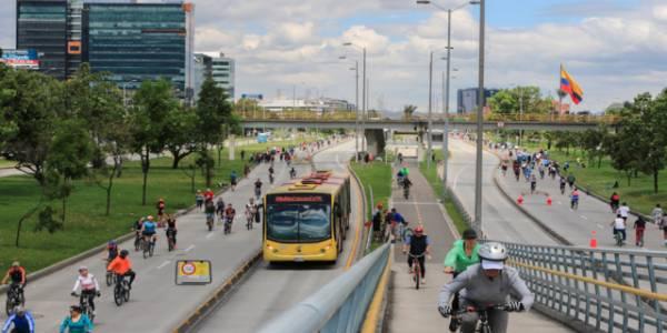 Ciclovía por la Calle 26 - Foto: Instituto Distrital de las Artes (IDRD)