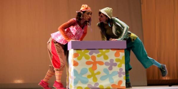 Cuentos de un ciempiés, unos van de canto y otros al revés - Foto: Teatro Mayor Julio Mario Santo Domingo