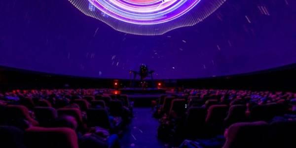 Show láser de Queen - Foto: Planetario de Bogotá