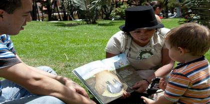Lectura bajo los arboles - Foto: Idartes
