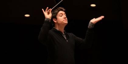 Director Nathan Brock - Foto: Orquesta Filarmónica de Bogotá