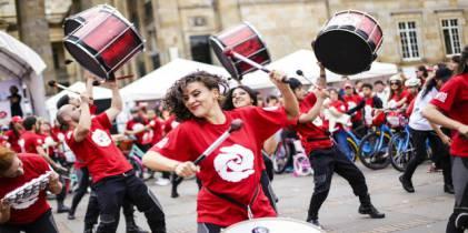 Vuelve el IV Festival Ni con el pétalo de una rosa - Foto: CasaE
