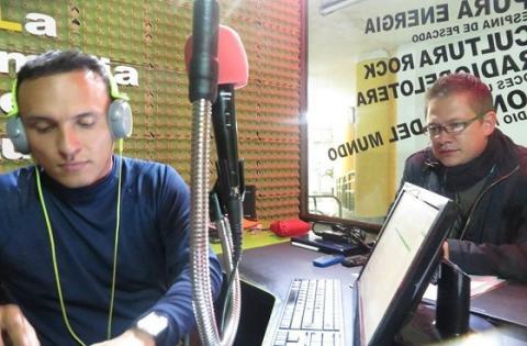 Marlon González Silva en la emisora online Hyntiba FM - Foto: Hyntiba FM