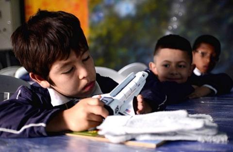 Estudiantes centro de interés de astronomía - Foto: Prensa Secretaría de Educación