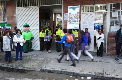 Entornos seguros en los colegios - Foto: Oficina de Prensa Policía Metropolitana de Bogotá