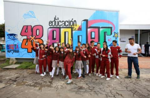 Bogot humana ha invertido m s de 10 mil millones para for Comedores escolares bogota