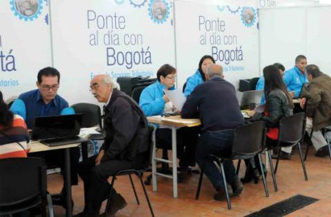 Feria de Servicios Tributarios - Foto: Secretaría de Hacienda
