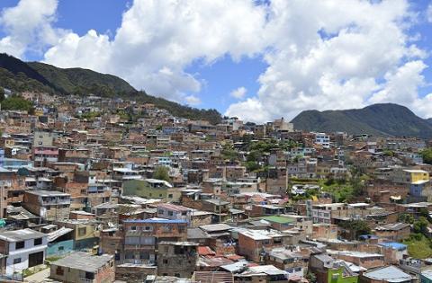 Legalizar n siete barrios en bogot peri dico excelsio for Barrio ciudad jardin bogota