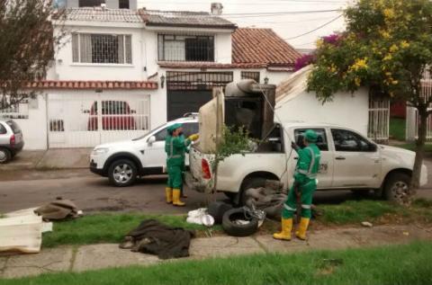 Algunos de los residuos encontrados - Foto: Acueducto de Bogotá
