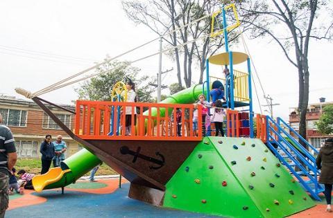 Bogot estrena parque especializado para ni os en antonio for Barrio ciudad jardin bogota