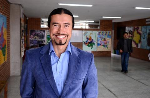 Maestro de yoga Ciudad Bolívar - Foto: Prensa Secretaría de Educación
