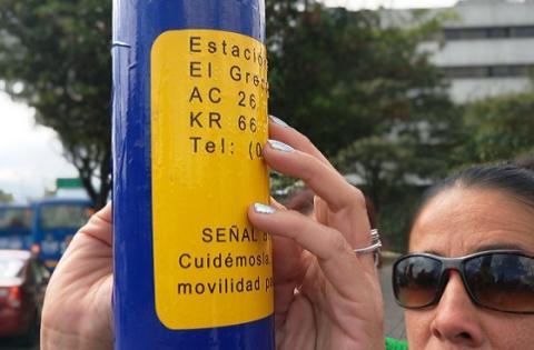 Paraderos con sistema braille - Foto: Prensa Secretaría de Movilidad