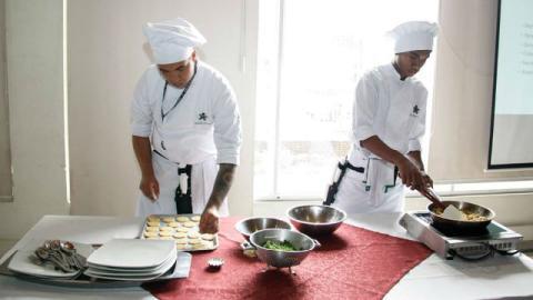 Auxiliar de cocina - Foto: www.sena.edu.co