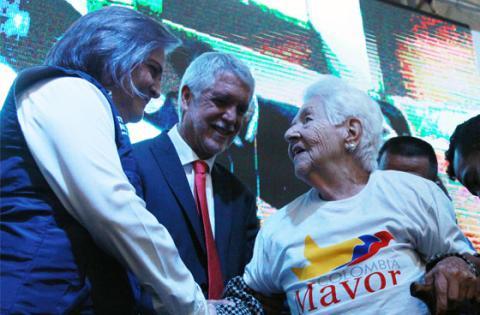 El programa que entrega subsidios económicos al adulto mayor en Bogotá