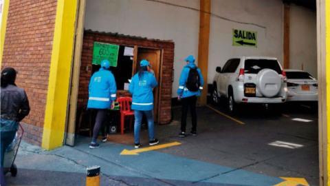 Control a parqueaderos - Foto: Secretaría de Gobierno