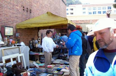 Mercado de Pulgas San Alejo - Foto:Cortesía asociación mercado de pulgas san alejo