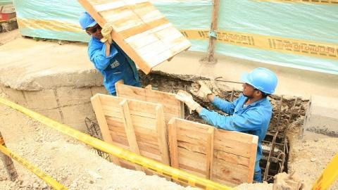 Modernización del alcantarillado - Foto: Diego Bauman