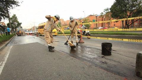 Brigada Tapa Huecos Foto: Diego Bauman