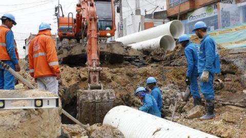 Trabajos de alcantarillado - Foto: Acueducto de Bogotá