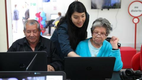 Punto Vive Digital Kennedy . Foto: Secretaría Social