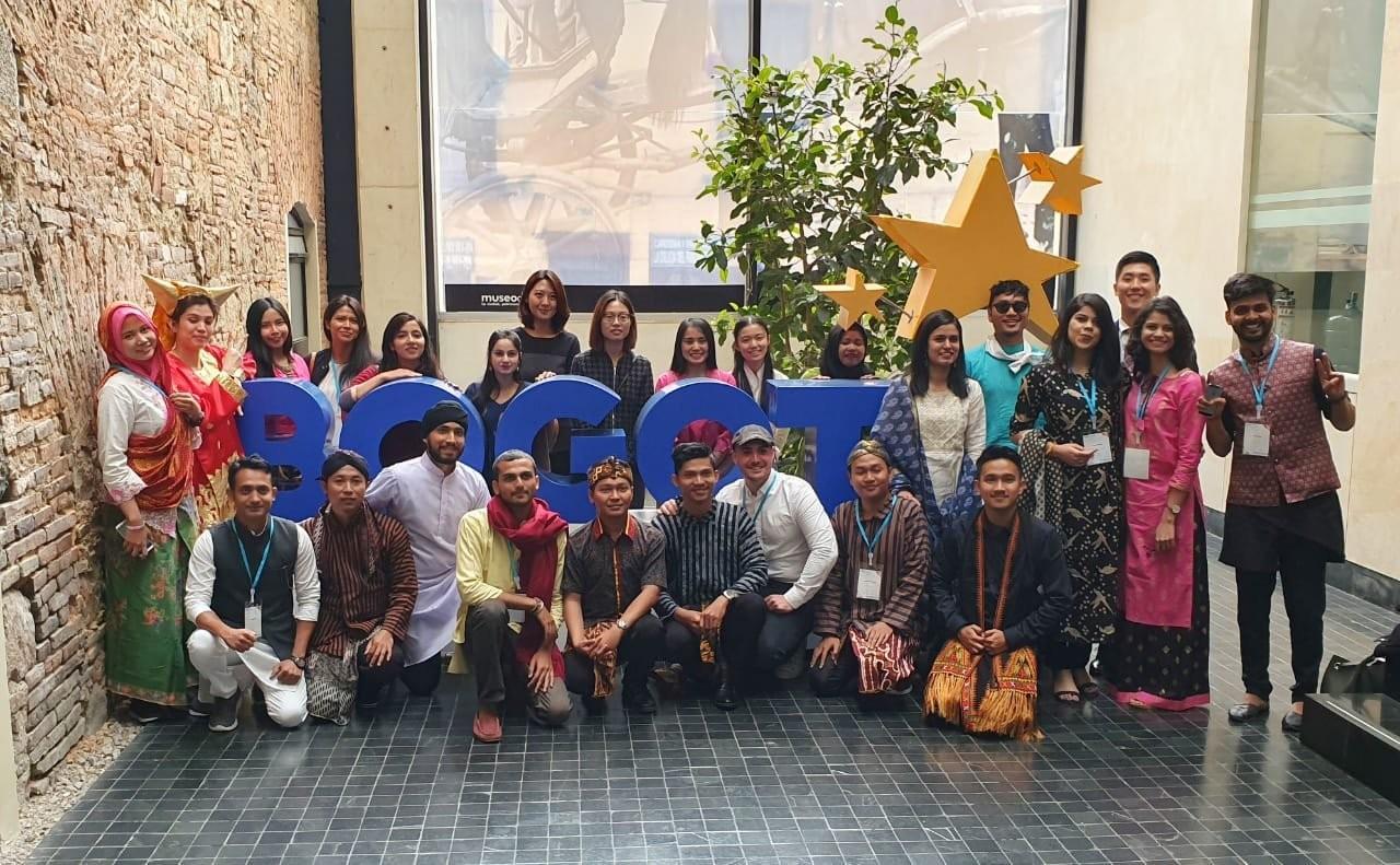 Imagen de los embajadores de Bogotá