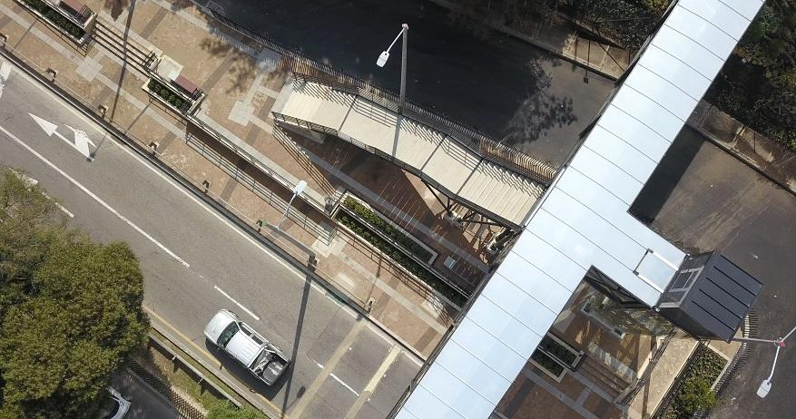 Nuevo puente peatonal en la Circunvalar con Calle 70 - Foto: Comunicaciones IDU