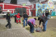 Jornada Aseo al parque - barrio Venecia - localidad de Tunjuelito - Foto: Aseo Capital