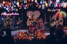 Aterciopelados - Imagen tomada del video 'Bolero Falaz'