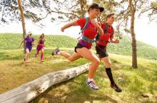 Personas en carrera Trail Running - Foto: blog.intersport.es