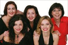 Grupo de mujeres - Foto: www.globomedia.es