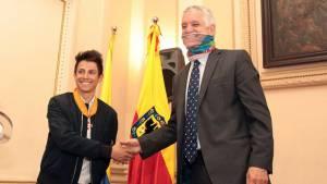 Condecoración Esteban Chaves - Foto: Prensa Alcaldía Mayor / Diego Bauman