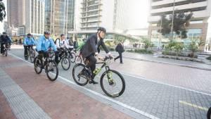 Alcalde en jornada de Día Sin Carro - Foto: Comunicaciones Alcaldía / Camilo Monsalve