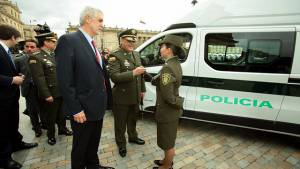 Entrega Patrullas de la Policía - Foto: Prensa Alcaldía Mayor/ Diego Bauman