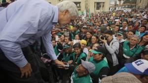Alcalde con población recicladora - Foto: Comunicaciones Alcaldía Mayor de Bogotá