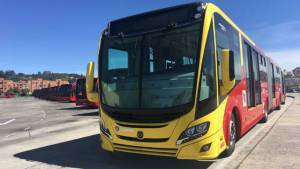Buses a gas contribuyen a la reducción del calentamiento global