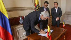 Firma convenio Alcaldía y Gobernación - Foto: Prensa Alcaldía / Camilo Monsalve