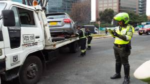 Inmovilización de vehículo - Foto: Secretaría de Movilidad