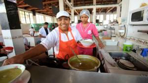 Conozca y deléitese con los almuerzos de las plazas de mercado del centro de Bogotá