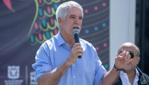 Alcalde Peñalosa lamenta asesinato de deportista en Suba - FOTO: Consejería de Comunicaciones