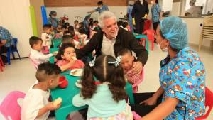 Atención integral a los niñosen Bogotá - Foto: Comunicaciones Alcaldía / Diego Bauman
